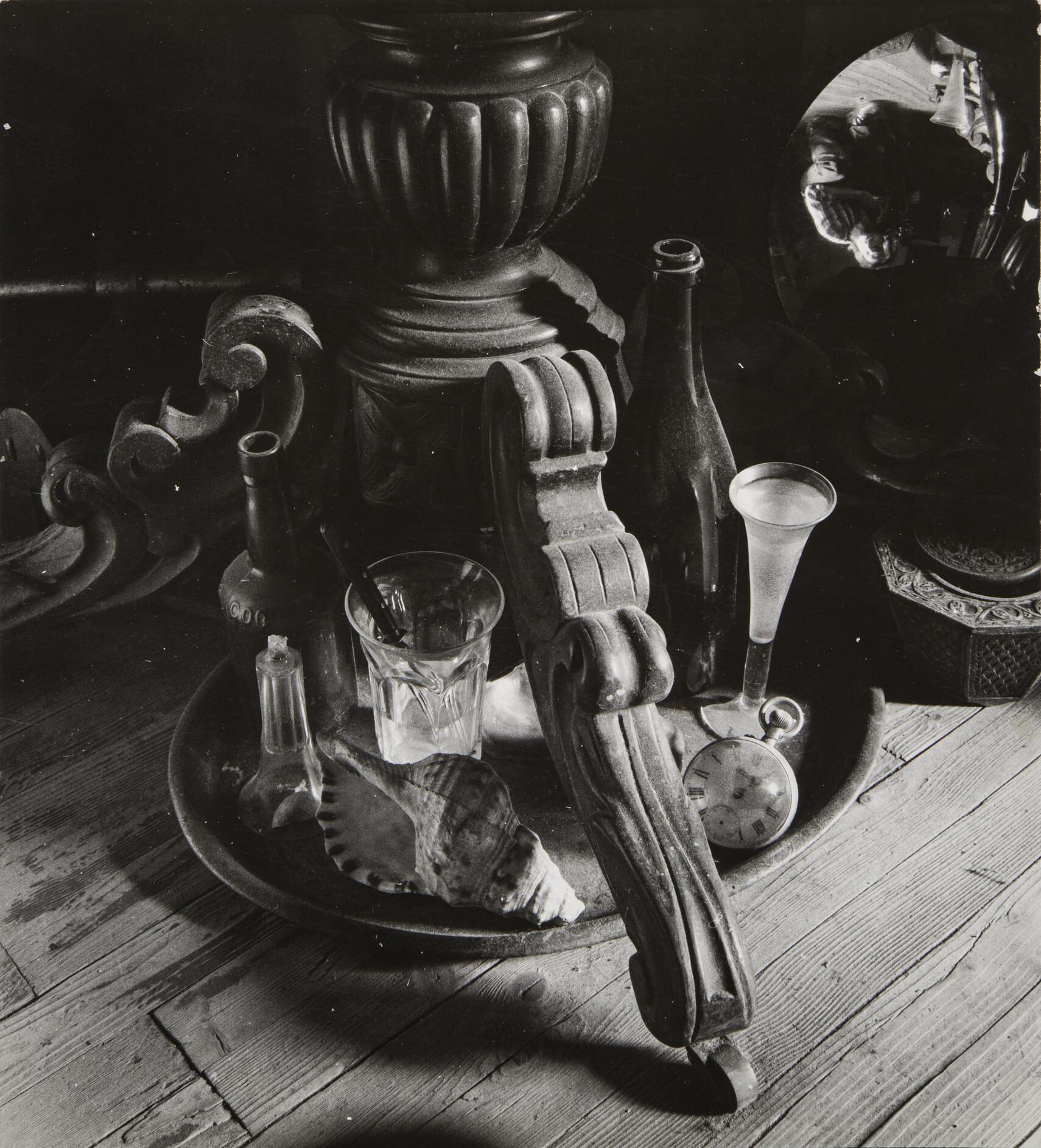 Борис Смелов.      Натюрморт под виолончельным столиком   Ленинград, 1977