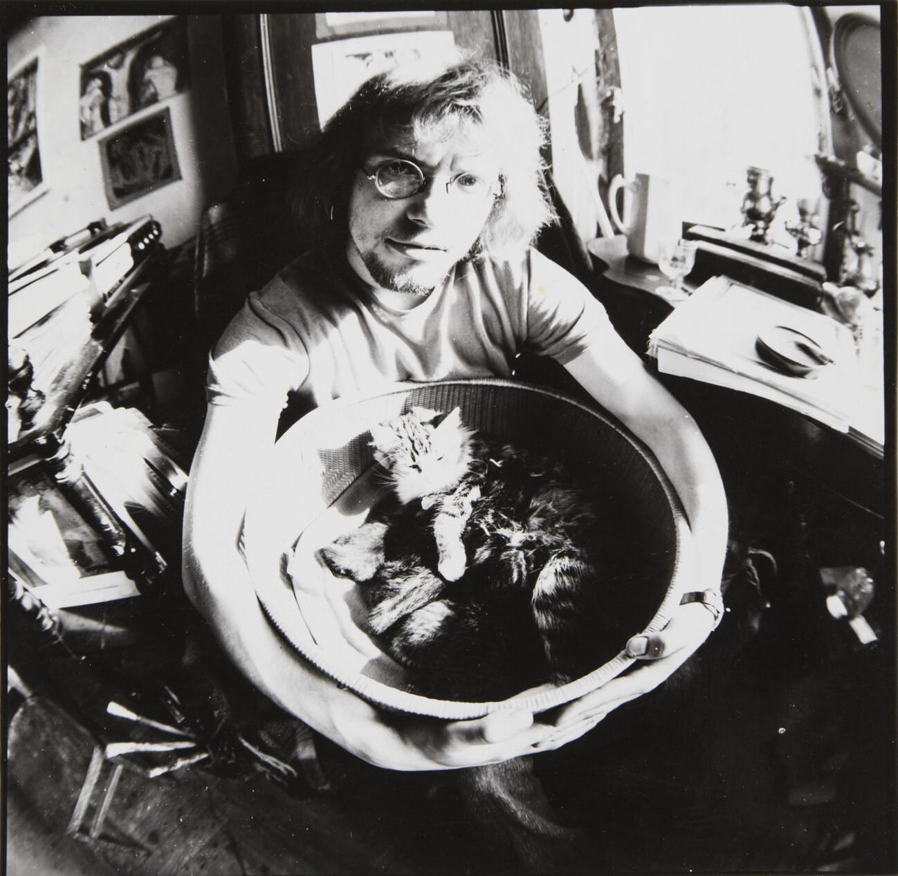 Борис Смелов.    Автопортрет   Ленинград, 1975