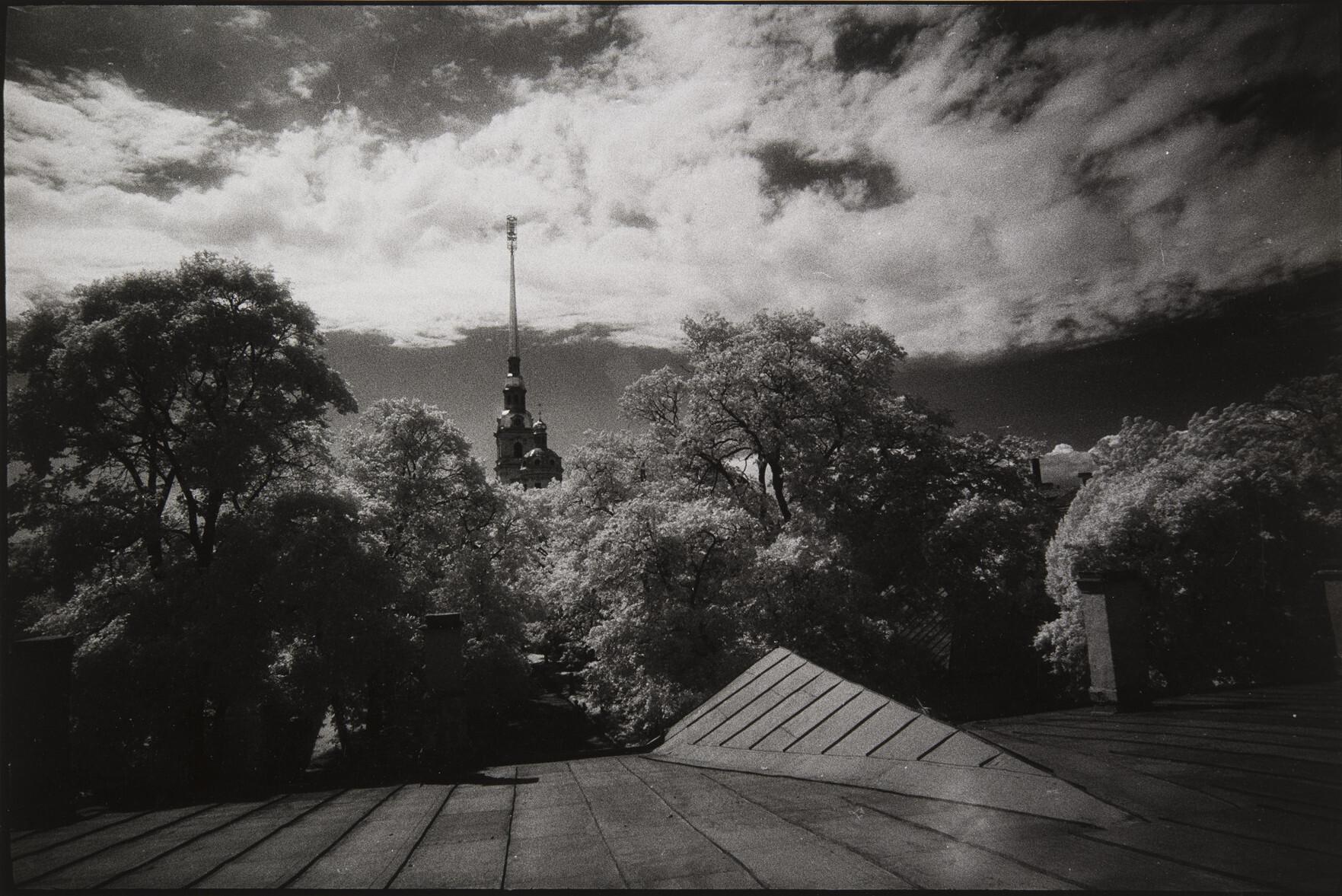 Борис Смелов.      Петропавловская крепость   Санкт-Петербург, 1996