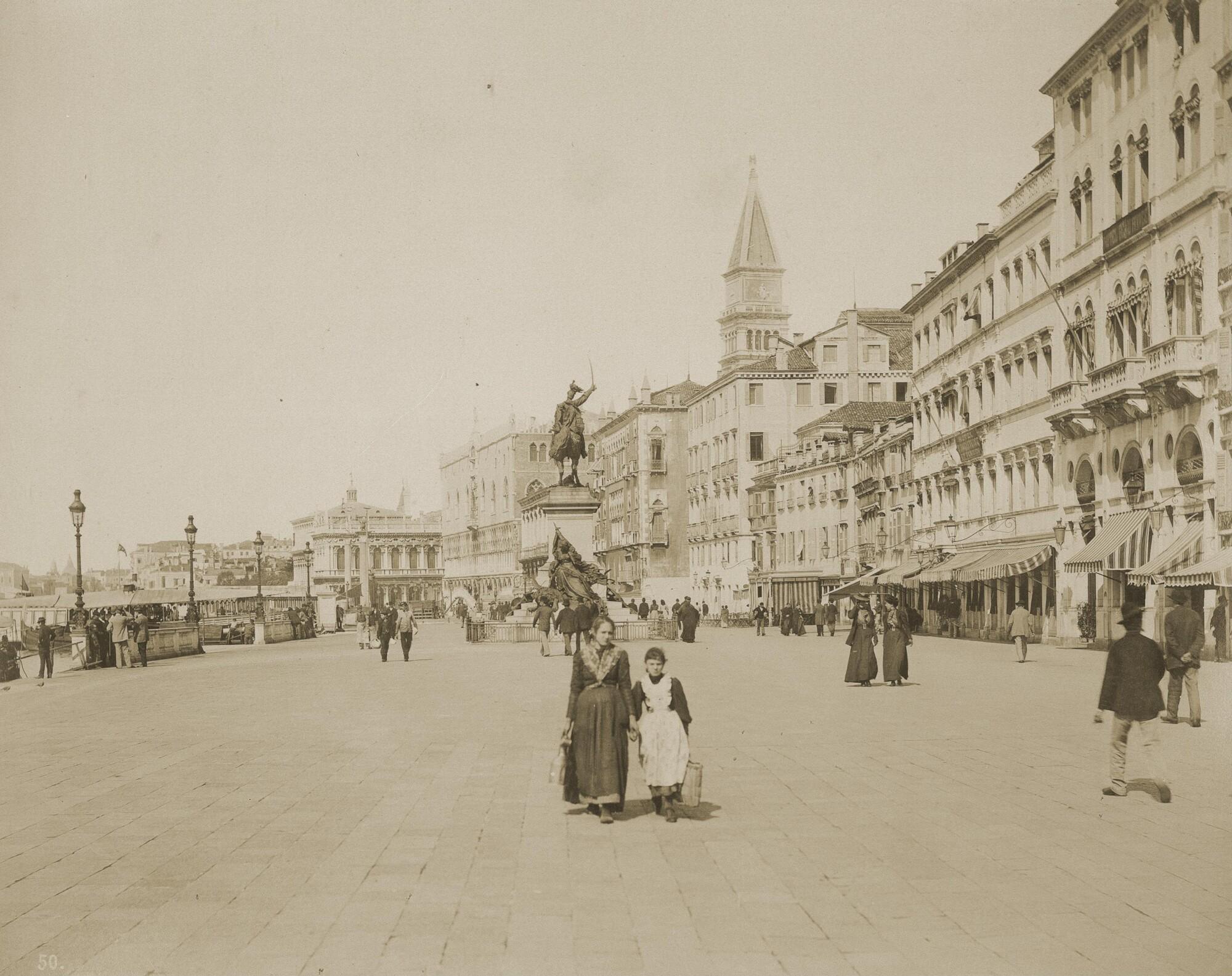 Томазо Филиппи.    Набережная Скьявони, 1910‑е   Альбуминовый отпечаток