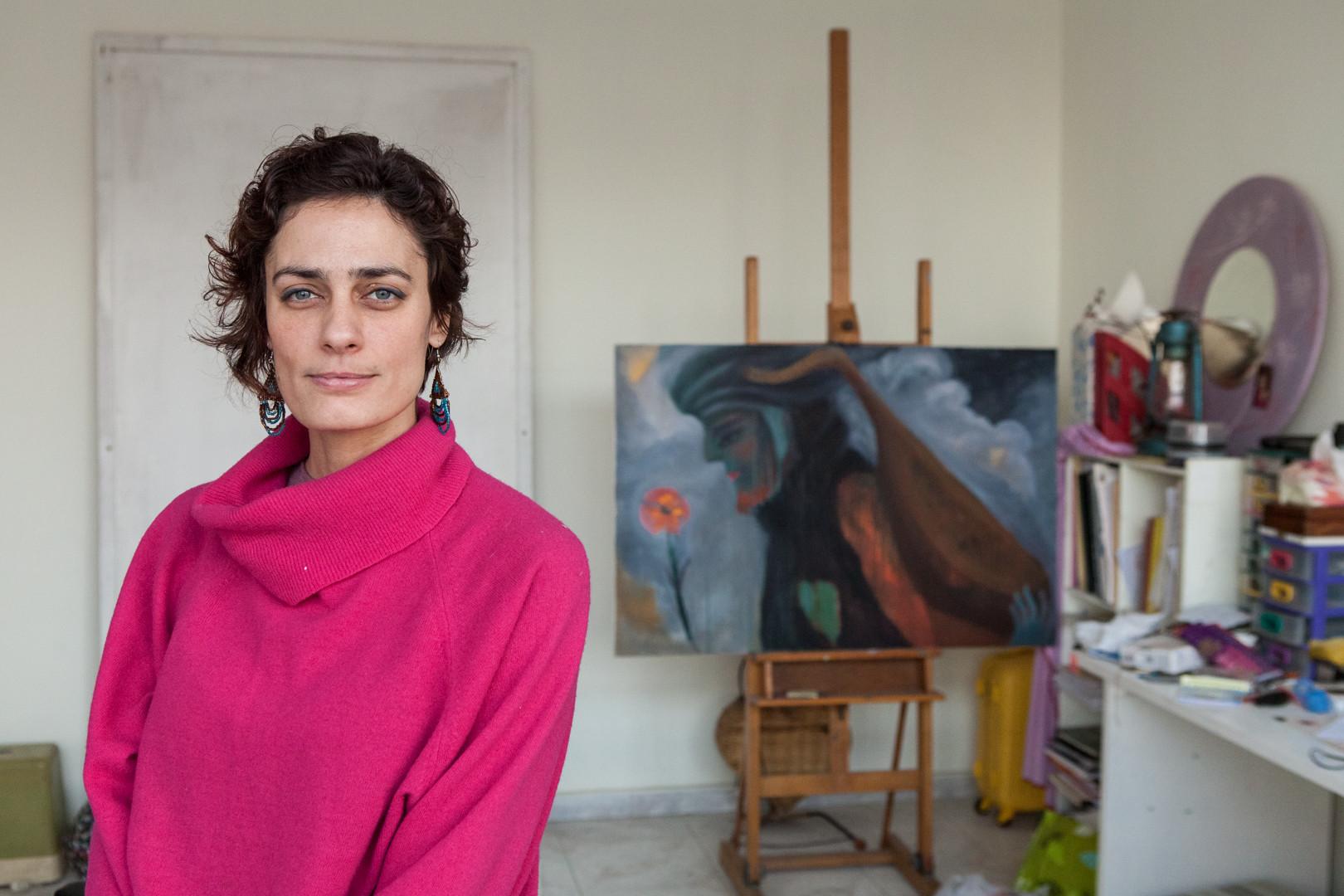 Amélie Losier.  May El Hossamy, 36 Jahre Kairo, Ägypten, 2014