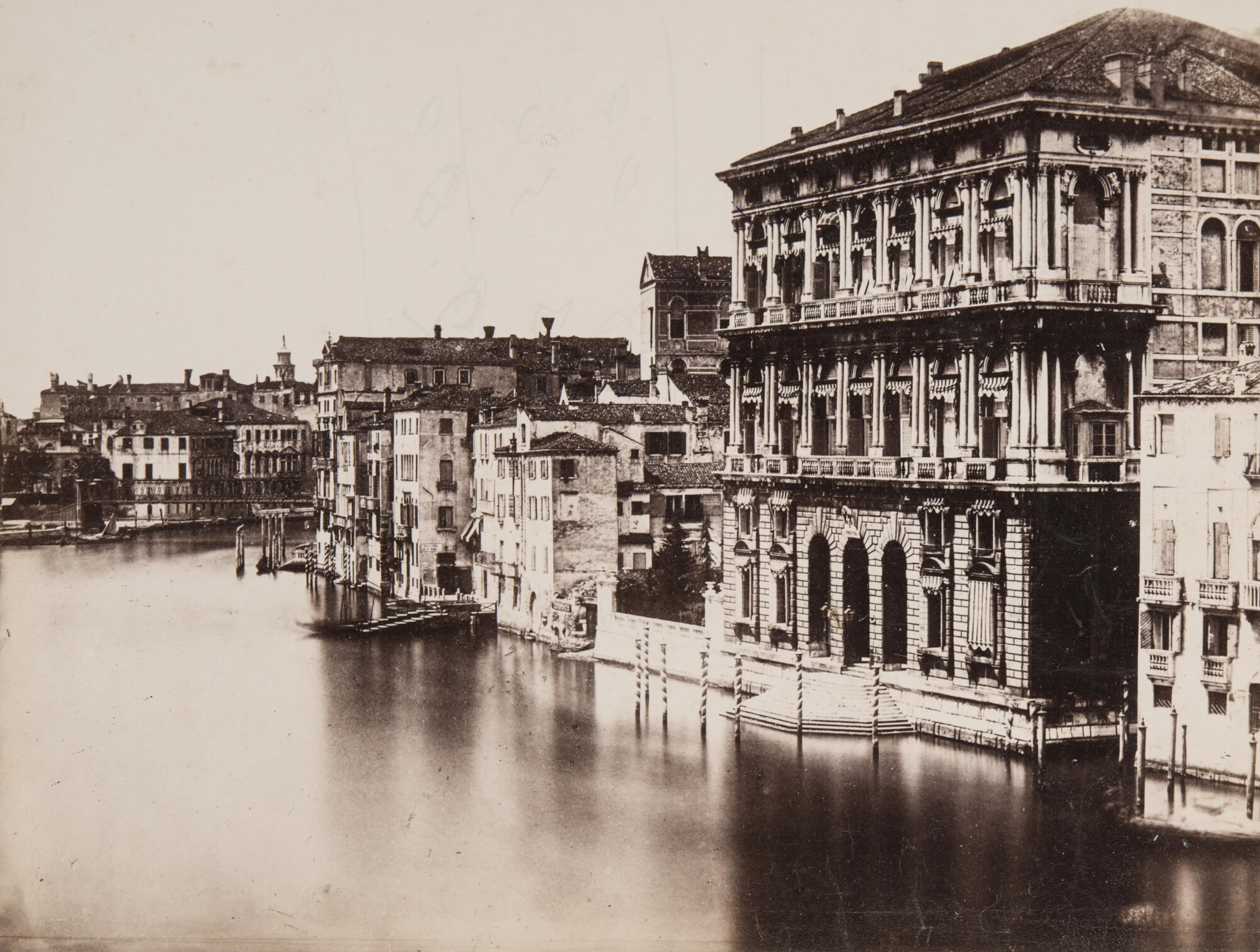 Доменико Бресолин.  Палаццо Ка'Реццонико,1855 Альбуминовый отпечаток