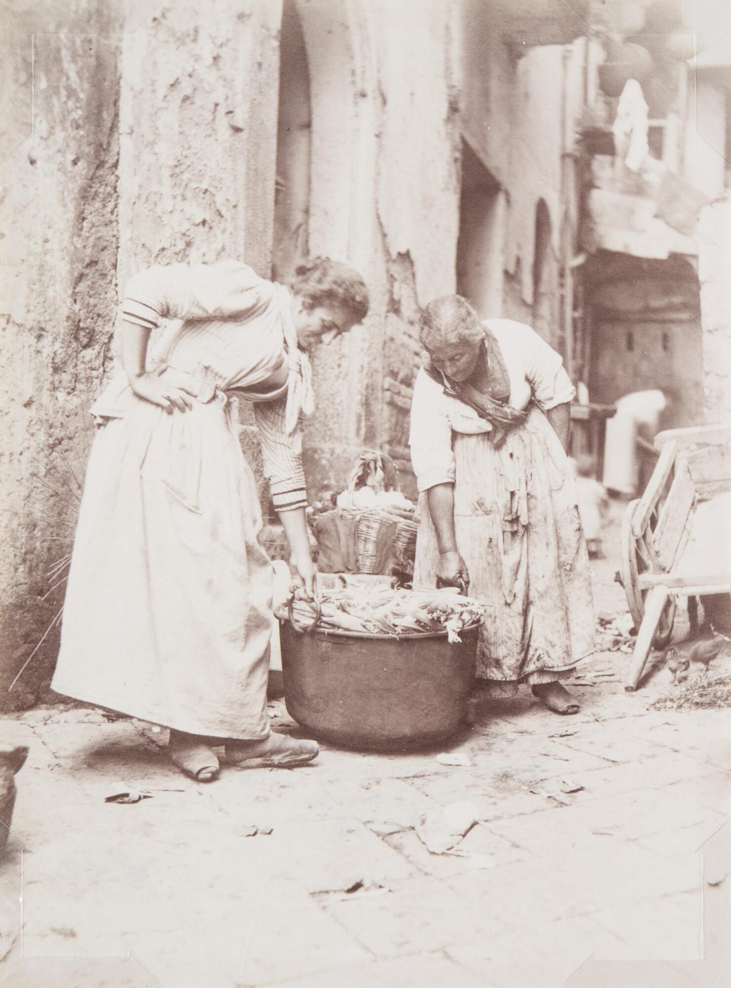 Фотоателье Эспозито.    Неаполитанки, 1870–1890‑е   Альбуминовый отпечаток