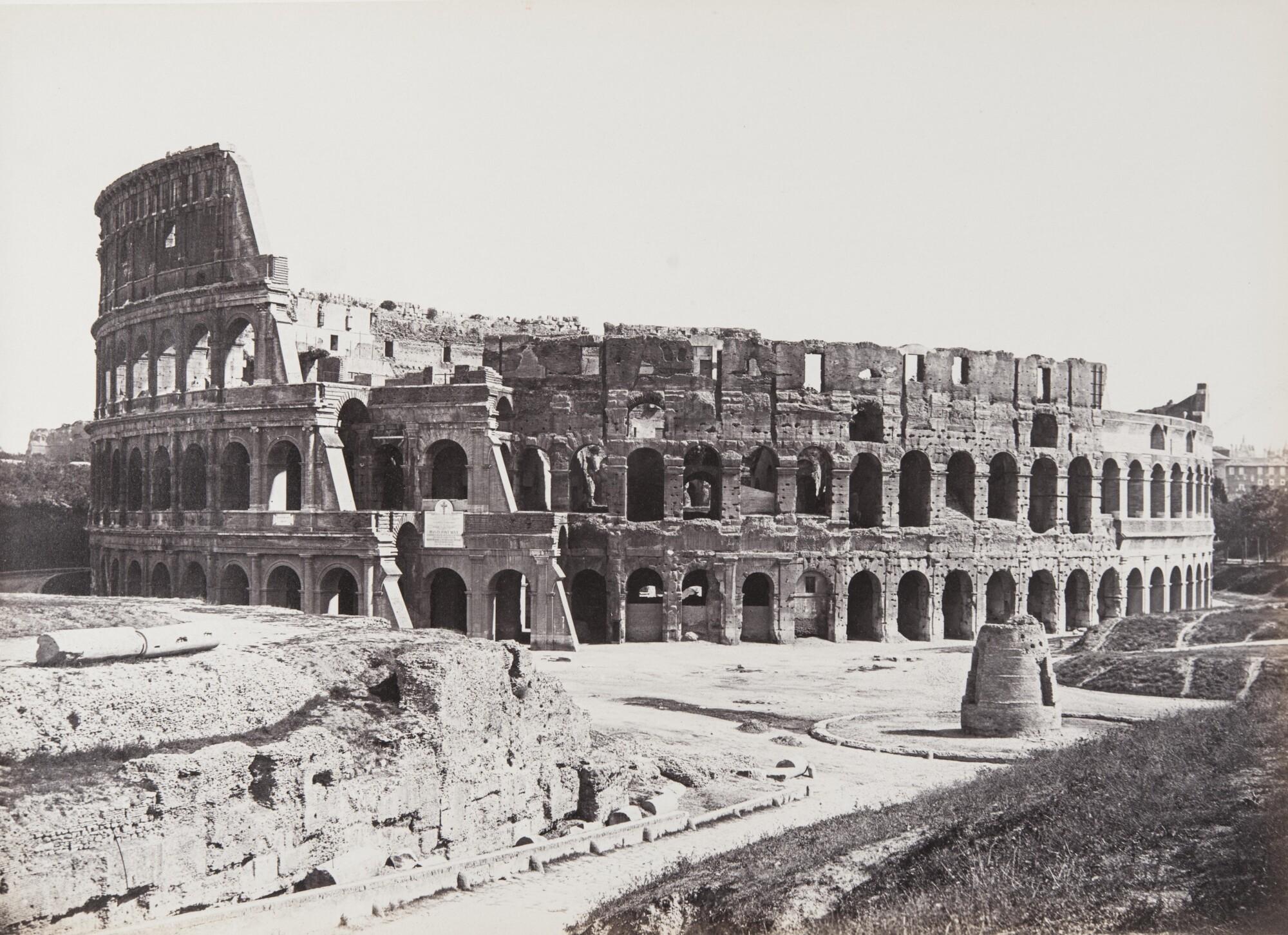 Джузеппе Нинчи.    Колизей,1860‑е   Альбуминовый отпечаток