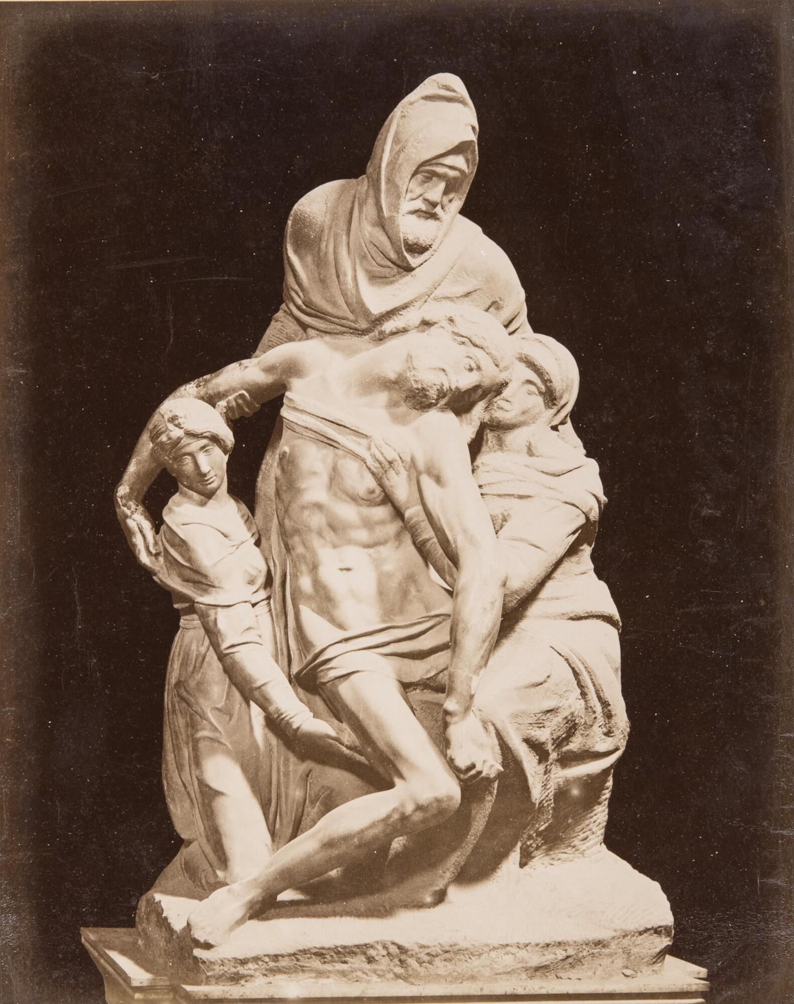 Алинари.    Микеланджело«Флорентийская Пьета», 1870‑е   Альбуминовый отпечаток