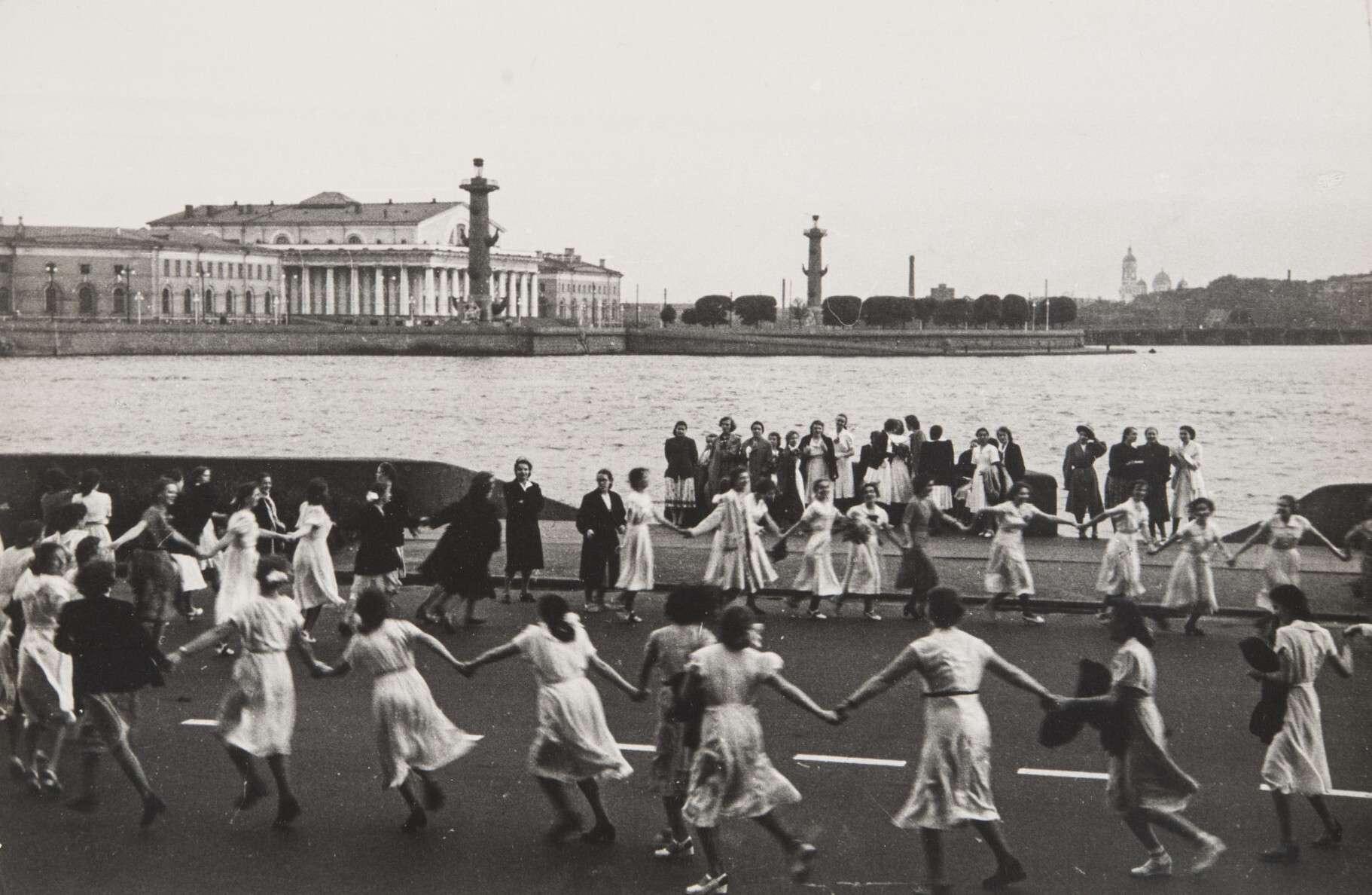Илья Наровлянский.    Белые ночи   Ленинград, 1966