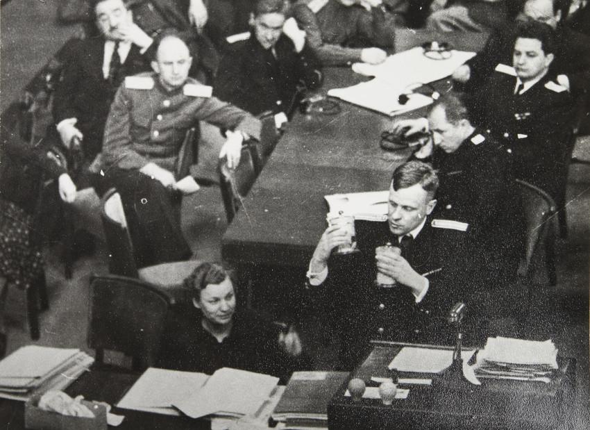Е. А. Халдей.  Члены советской делегации 1946