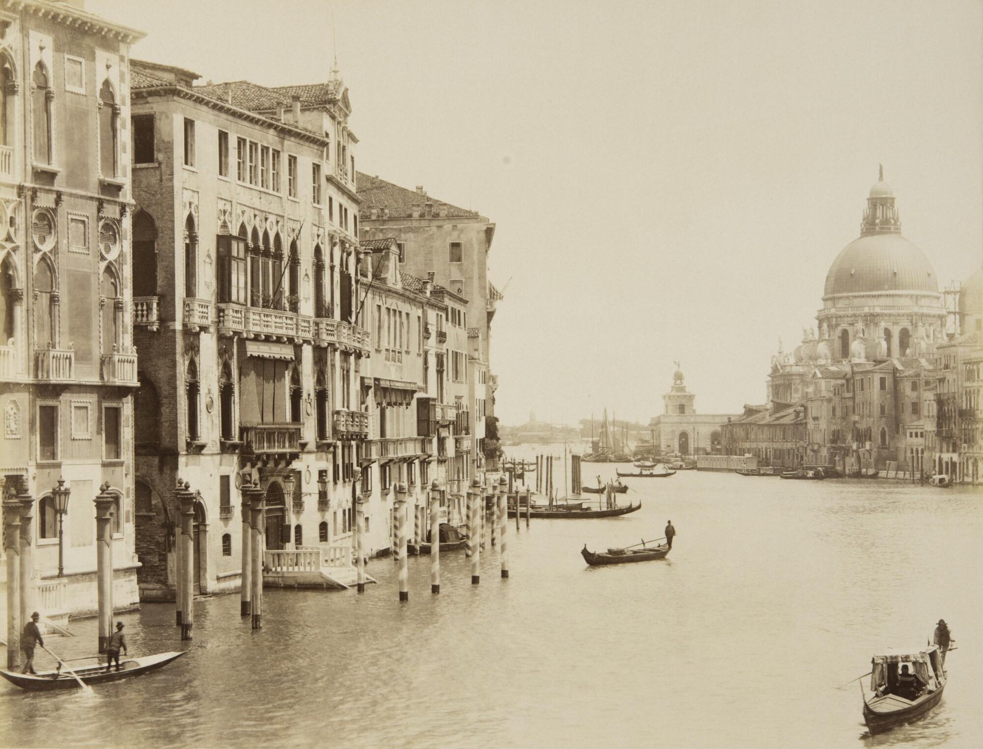 Алинари.    Вид на город с Гранд-канала, 1900‑е   Альбуминовый отпечаток