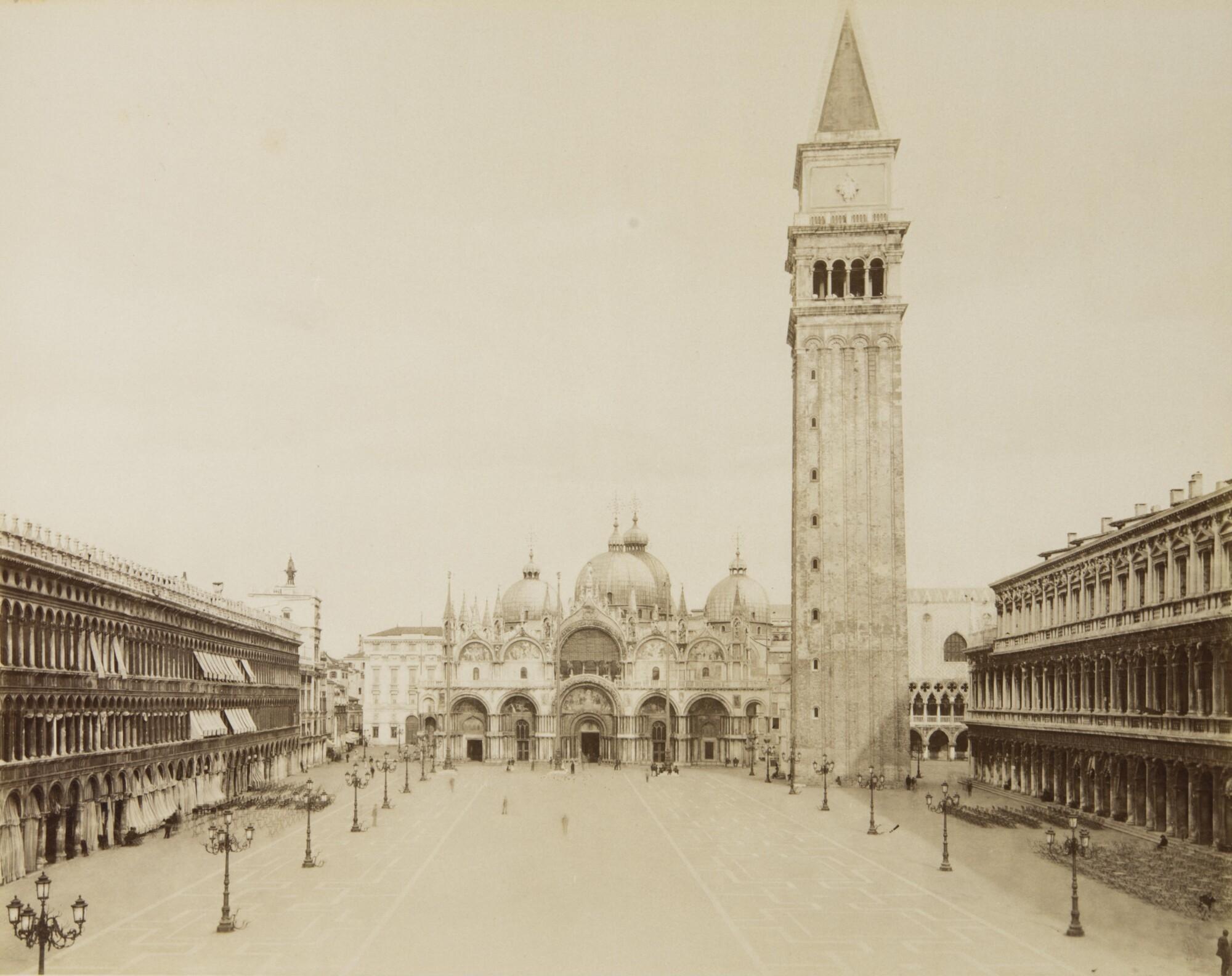 Алинари.    Площадь Сан-Марко, 1880‑е   Альбуминовый отпечаток