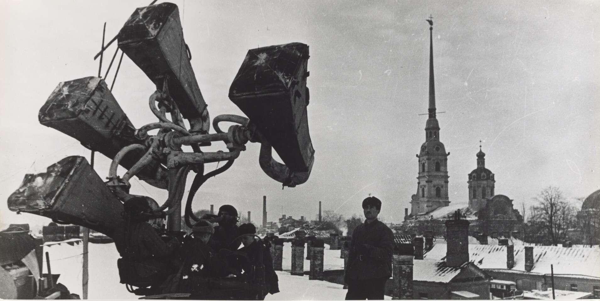 Б. П. Кудояров.    На страже неба   1942