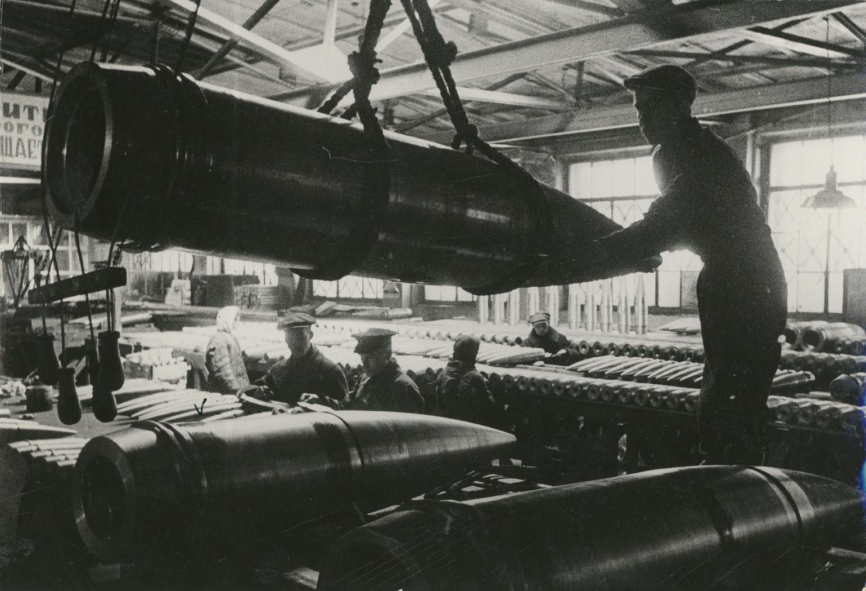 Б. П. Кудояров.    Цех по производству артиллерийских снарядов   1941–1945