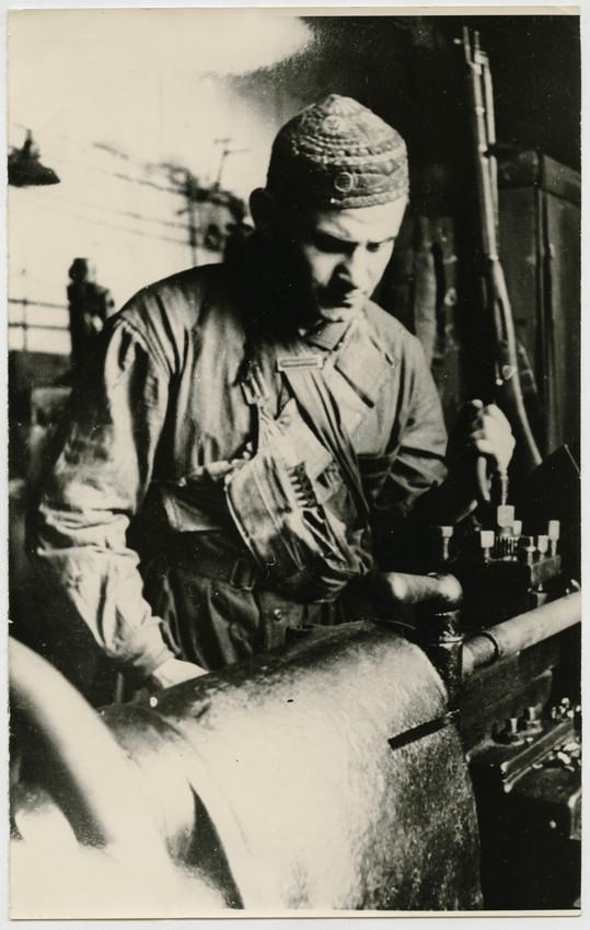 Б. П. Кудояров.    На заводе   1941–1944