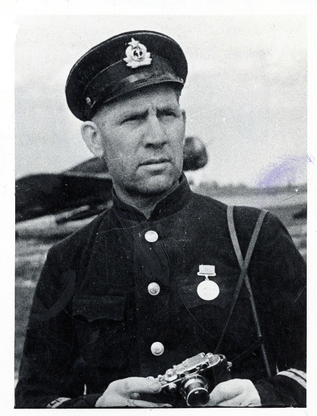 Б. П. Кудояров.    Автопортрет Б. П. Кудоярова   1942