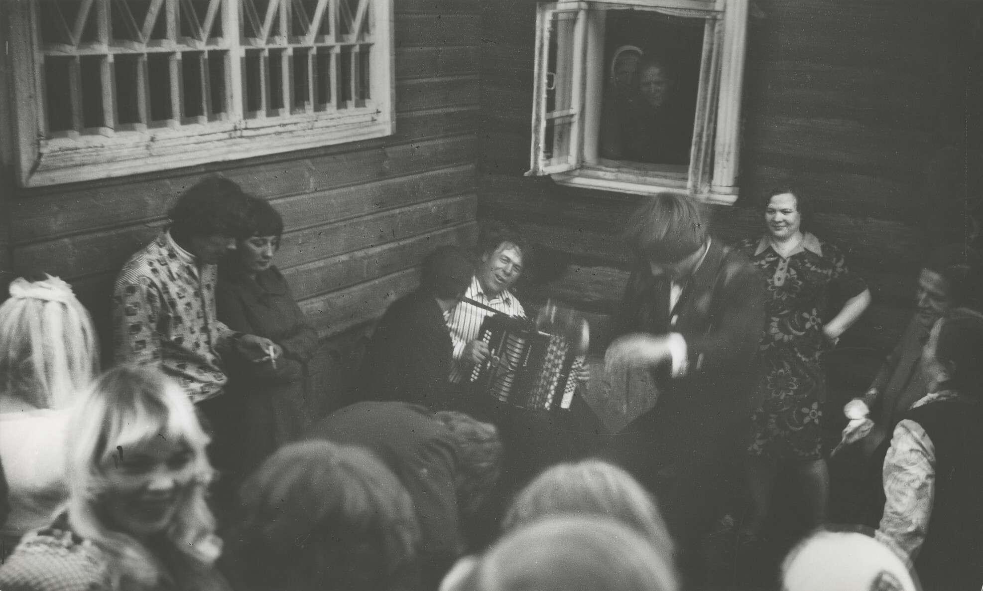 Борис Михалевкин.    Деревенская свадьба   1968