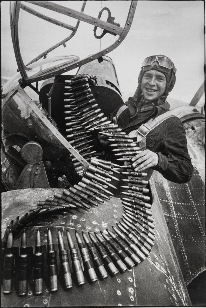 Е. А. Халдей.    Из серии «Полярная авиация»   Заполярье, СССР, 1941
