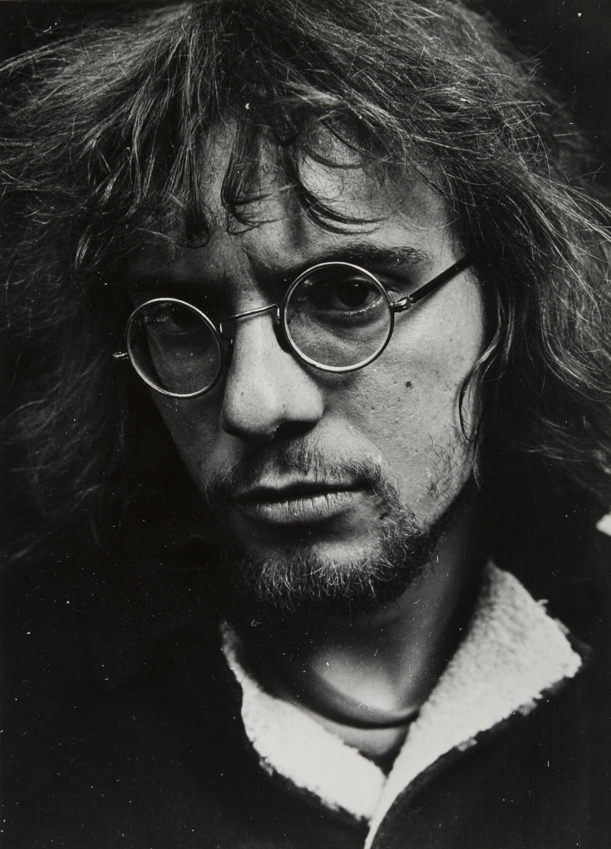 Борис Смелов.    Автопортрет   Ленинград, 1975–1976