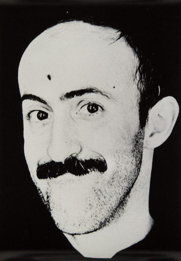 Николай Гнисюк 1977 Кинорежиссёр Отар Иоселиани_081